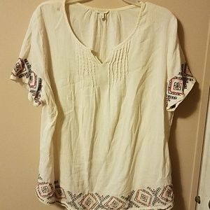 Short sleeved cotton top